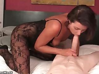 Amateur Blowjob Brunette Close Up Big Cock Emo Handjob Hot