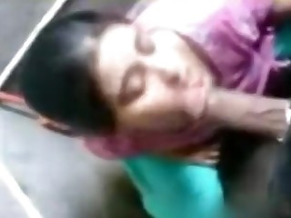 Bathroom Indian Mammy Sucking