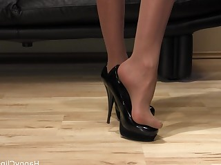 Amateur Brunette Crazy Feet Fetish Foot Fetish High Heels Homemade