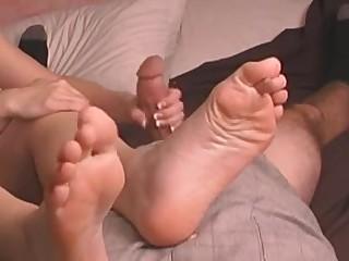 Amateur Feet Handjob MILF Solo