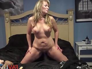 Dildo Hot Kiss Mammy Masturbation Mature MILF Pussy