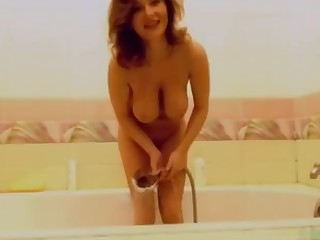 Amateur Babe Mammy MILF Shower Webcam