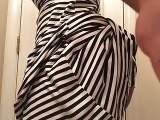 Amateur Ass Babe Dress Ebony Fetish MILF Skirt