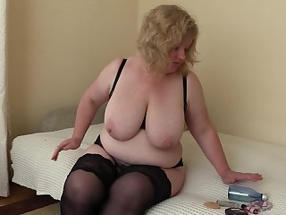 Amateur Big Tits Boobs BBW Fatty Hairy Homemade Kitty