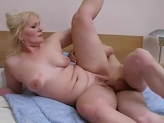 18-21 Fuck Mammy Mature Really