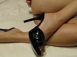 Babe Beauty Brunette Feet Foot Fetish Mammy Masturbation MILF