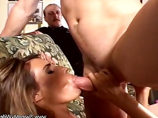 Amateur Anal Ass Blonde Couple Fuck Ladyboy Mammy