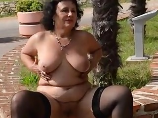 Amateur Ass Cougar BBW Mammy Mature MILF Nude