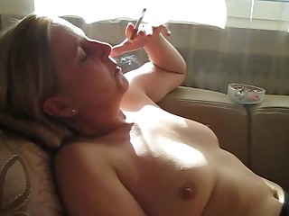 Mature Prostitut Smoking