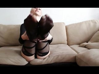 Babe Beauty Blonde Feet Foot Fetish High Heels Mammy Mature