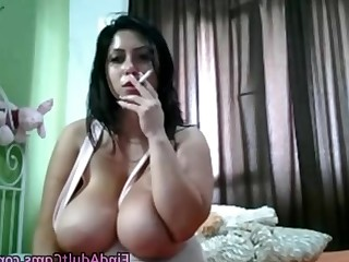 Amateur Big Tits Boobs Bus Busty BBW Homemade Masturbation