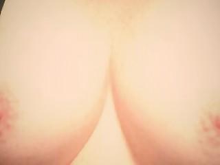 शौक़ीन व्यक्ति बच्चा बड़े स्तन स्तन क्लोज़ अप प्रौढ़ एमआईएलए प्राकृतिक