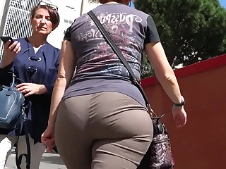 Ass Curvy BBW Fetish Mammy Mature Old and Young Outdoor