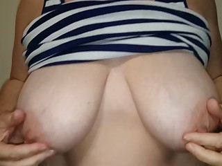 Amateur Big Tits Boobs Brunette Bus Busty Hot Mammy